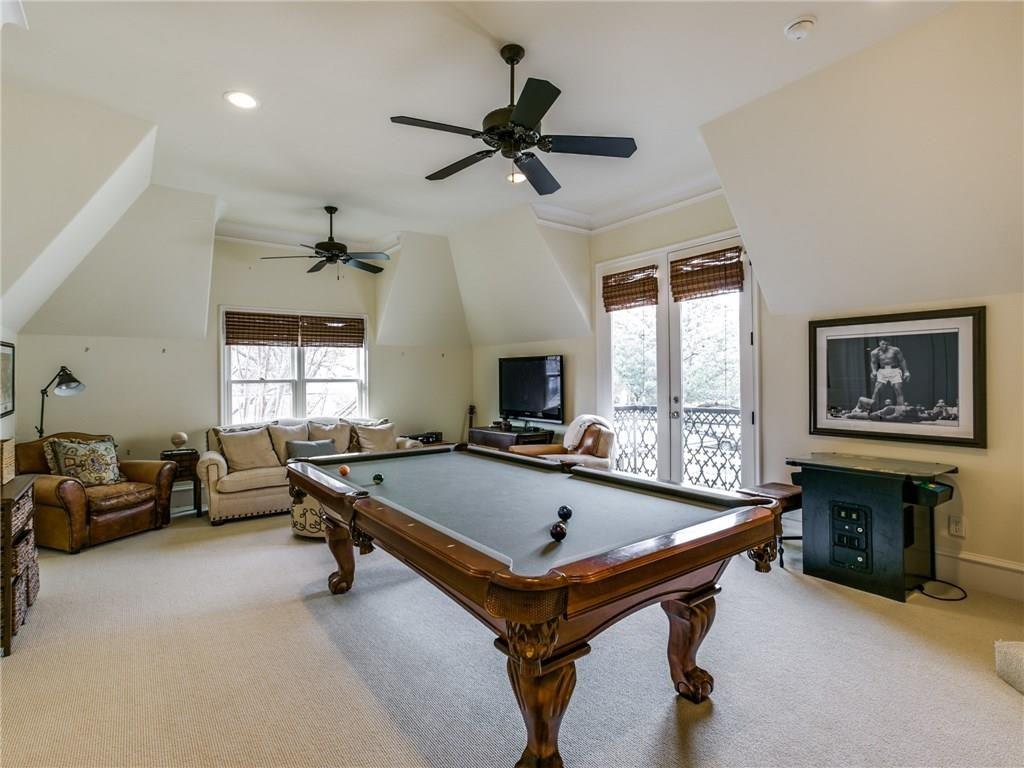 6410 Woodland Drive Game Room
