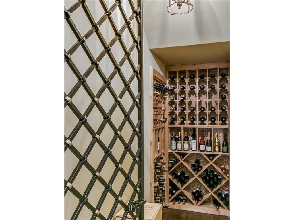 6510 Woodland Drive Wine 1