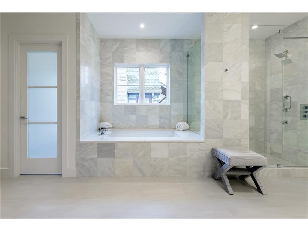 4216 San Carlos Street Master Bath 2.ashx