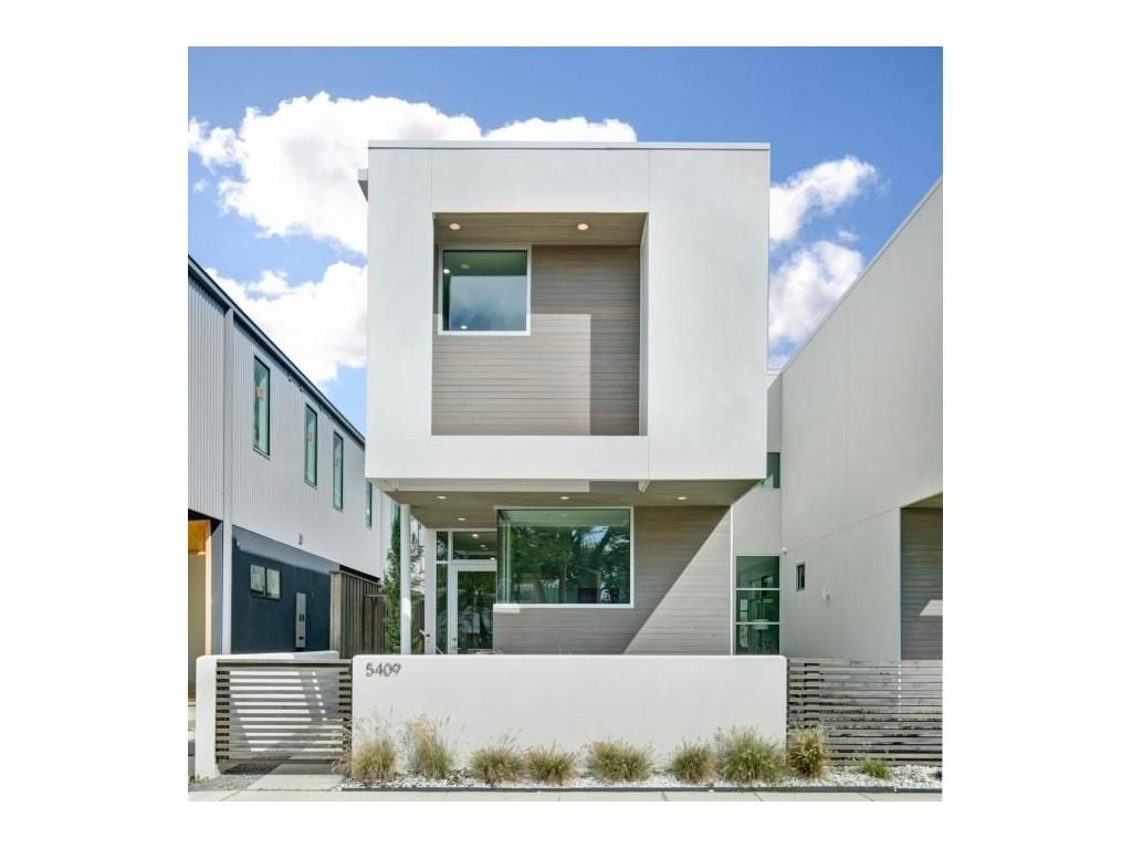 Vickery Place modern townhouse facade.ashx