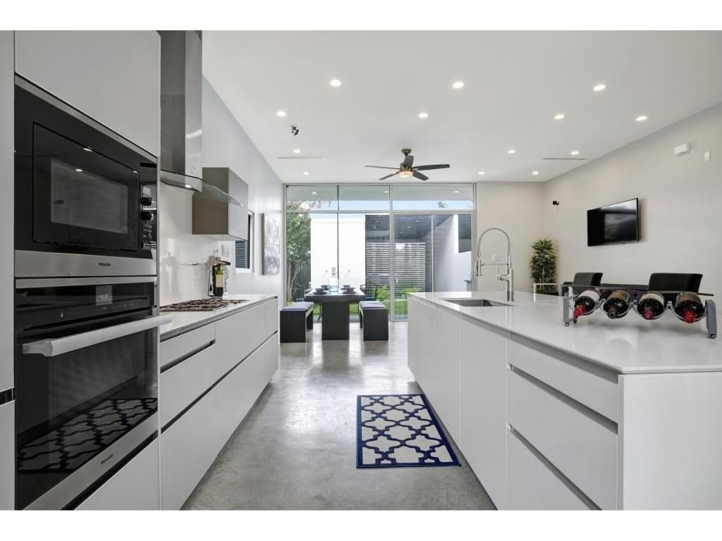 Vickery Place Modern Townhouse Kitchen