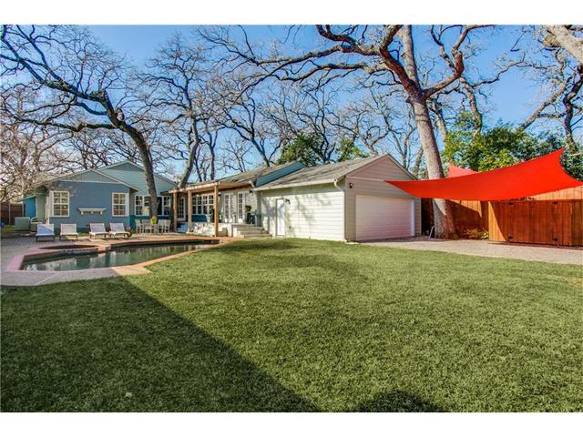1518 Oak Knoll Backyard 2