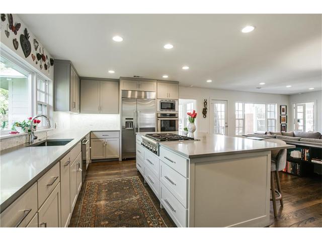 1518 Oak Knoll Kitchen 3