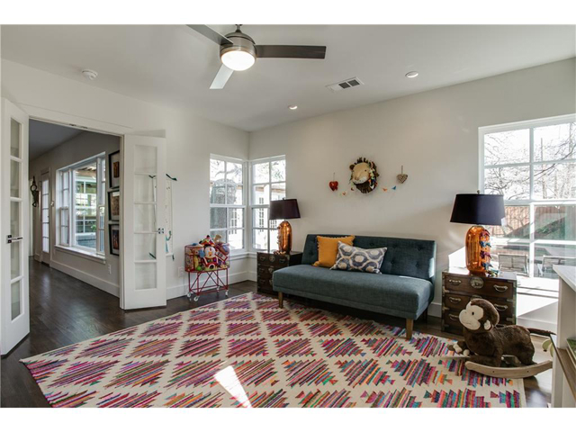 1518 Oak Knoll Play Room