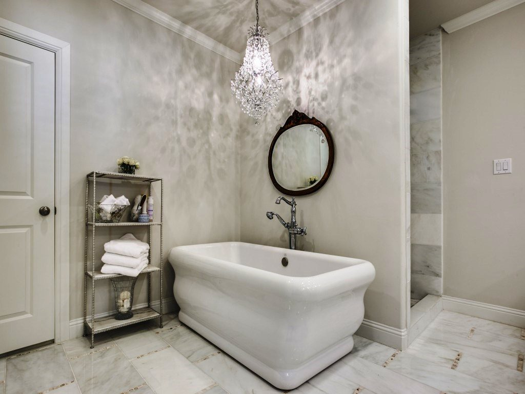 This bathroom belongs in a Hollywood mansion