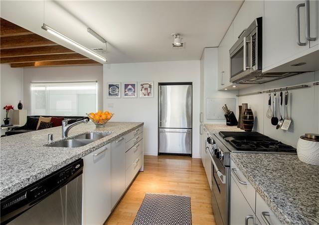 4625 Cole Kitchen 2