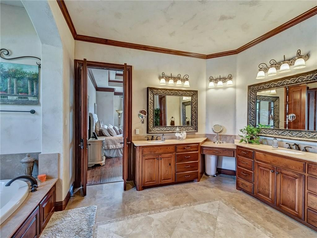 4649 Saint Laurent Ct master bath 2