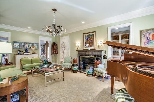 Highland Park Tudor4312 Arcady Ave 4