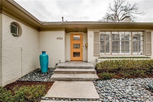 Lakewood Mid Century Home6926 Kenwood Ave 2