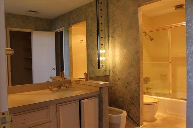 Athena 915 - Bathroom 2