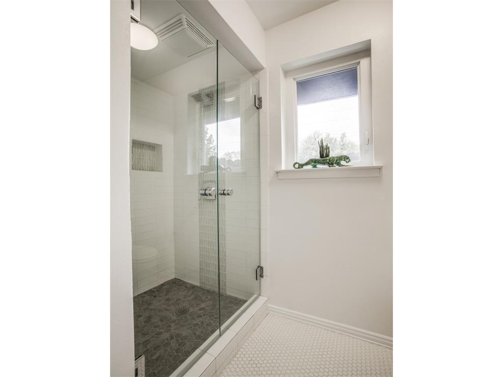 3356 Merrell Master Shower