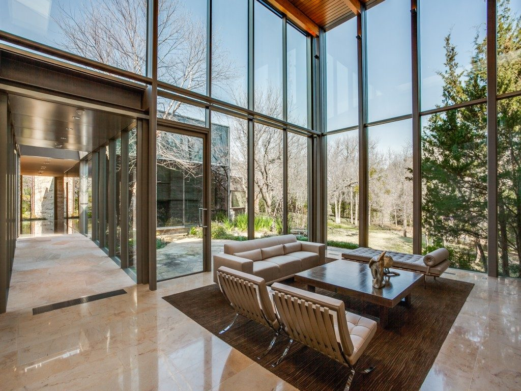 The Glen Abbey Glass House 40-braewood-pl-dallas-tx-MLS-12