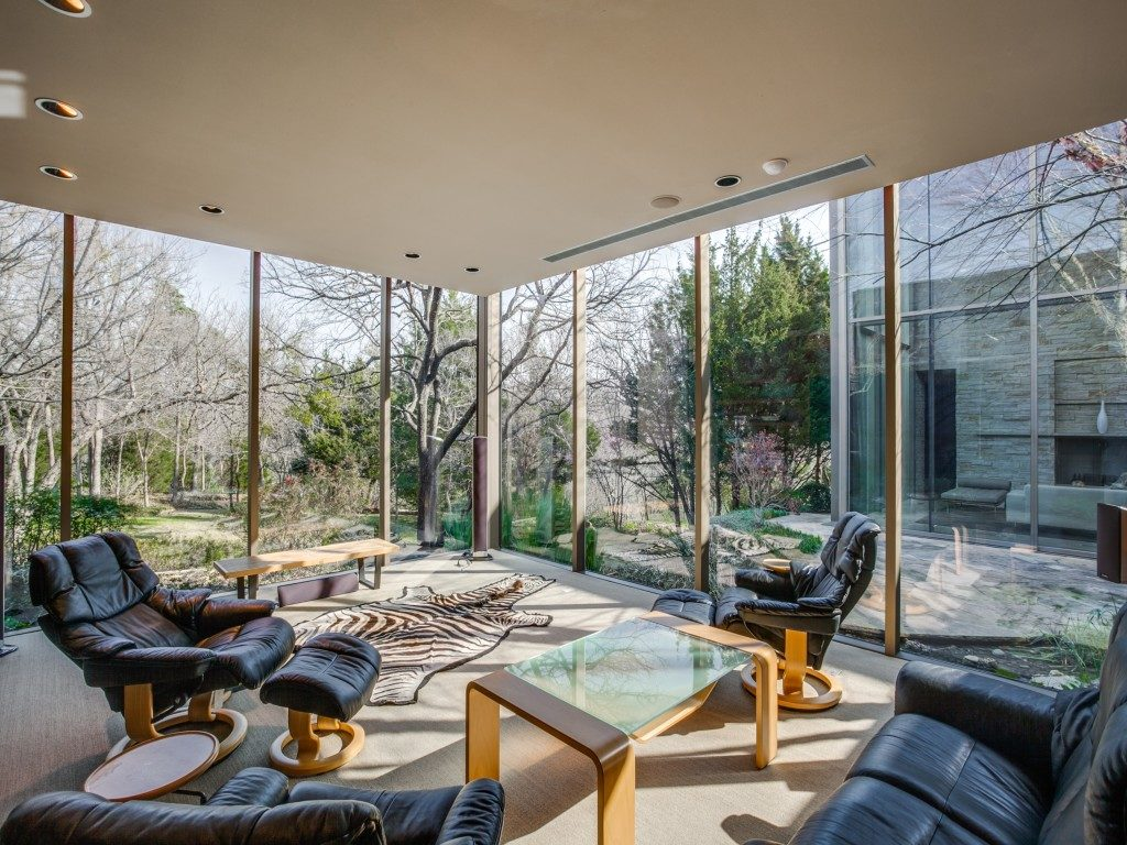 The Glen Abbey Glass House 40-braewood-pl-dallas-tx-MLS-7