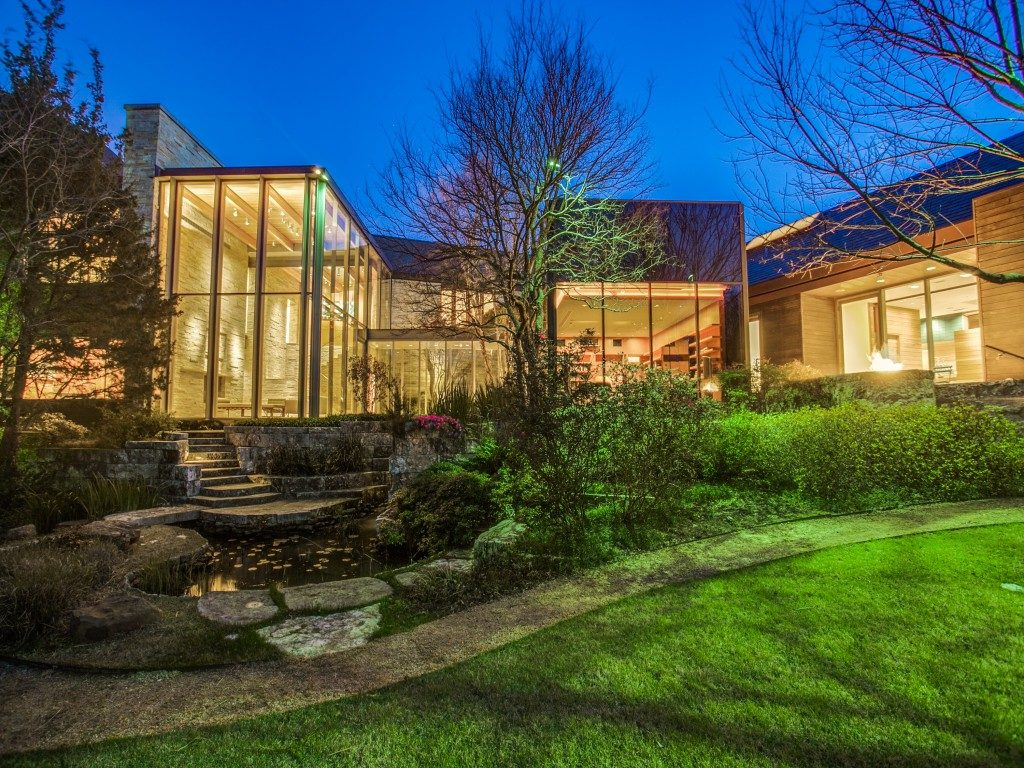 The Glen Abbey Glass House 40-braewood-pl-dallas-tx-MLS-86