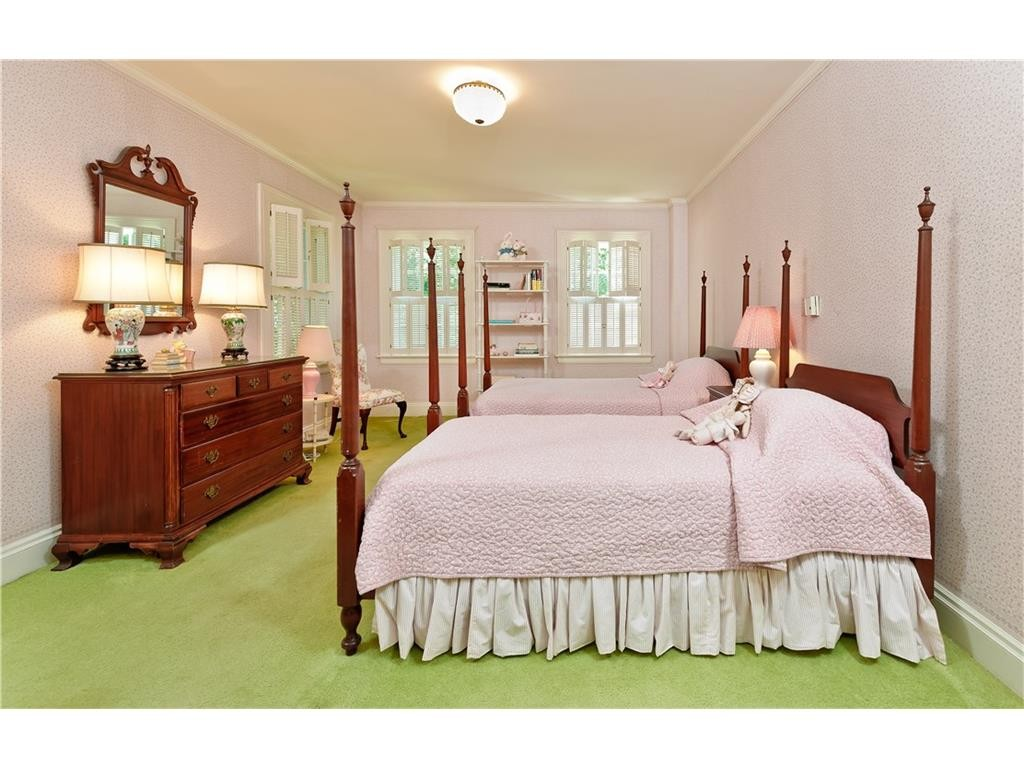 4248 Armstrong pink bedroom 2