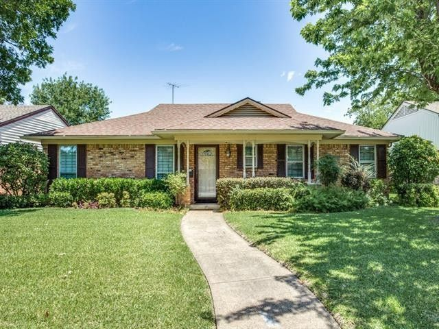 Lake Highlands North Home for Sale | Dallas Homes for Sale | CandsDirt.com