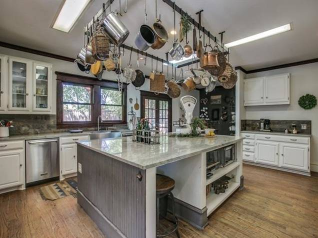4839 Junius Kitchen 3