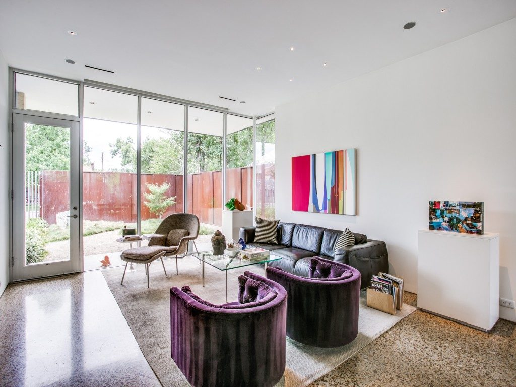 Dirt On Kagan >> Ed Murchison Lists Midcentury Modern-Inspired Home in East Dallas