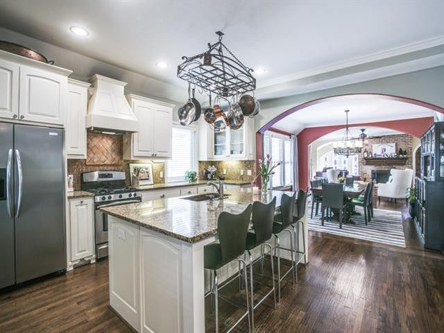 Splurge vs. Steal: Two Houses on the Same Street in Hollywood Heights | CandysDirt.com