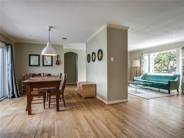 You'll Love This Forest Hills Cutie in Casa Linda on Over One-Third of an Acre | CandysDirt.com