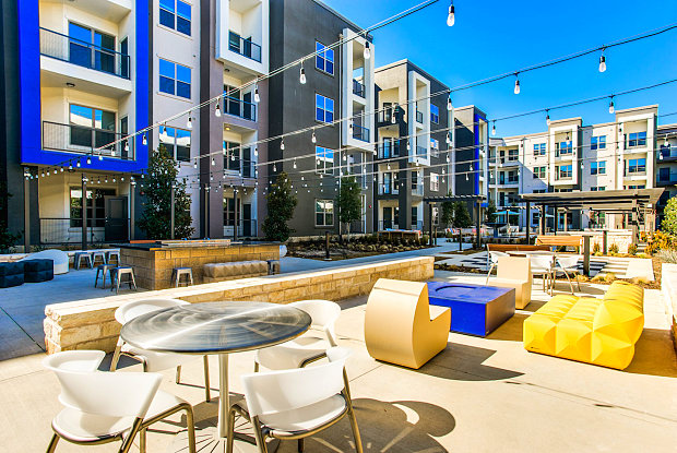 go car free walk to transit from these dallas area apartments