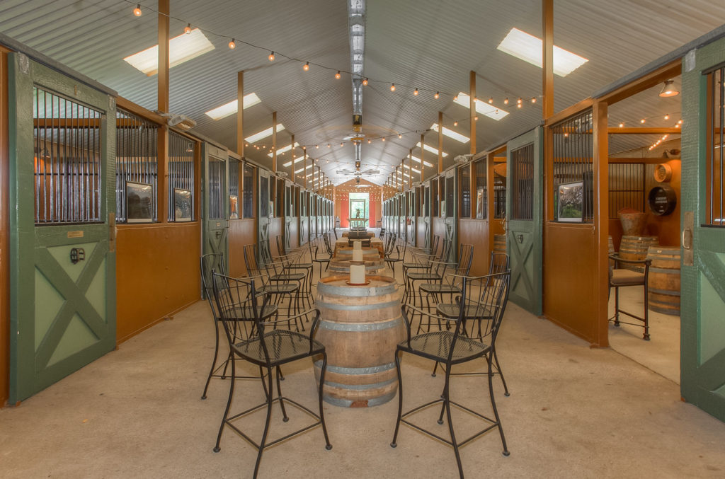 Find the Finest Luxury Equestrian Estate at Kipling Lear Farm Near Fort Worth | CandysDirt.com