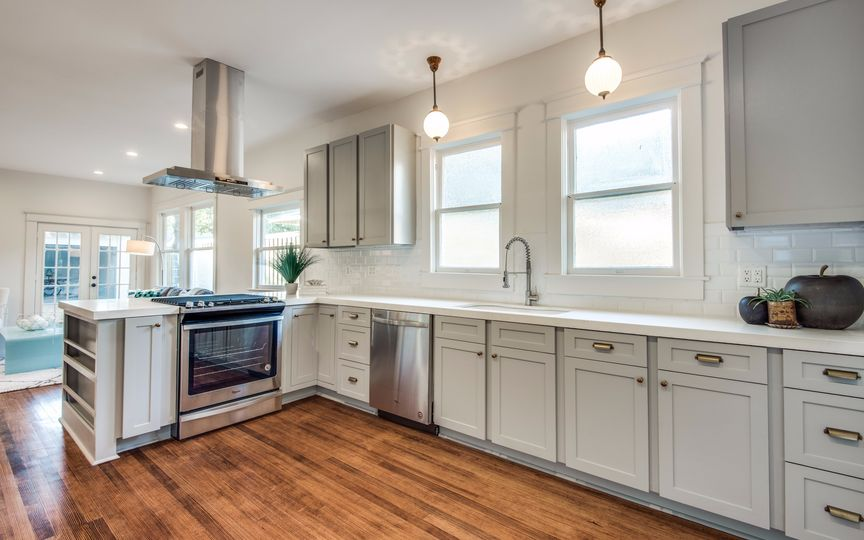 Winnetka Heights Bungalow Is Ready For Your Party Plans