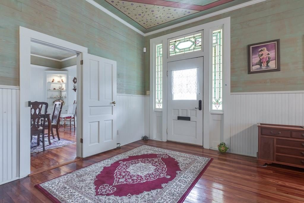 Its American Foursquare Architecture With A Victorian Farmhouse Style Says Listing Agent Heather Stevens Of VIVO Realty The Home Was Constructed In
