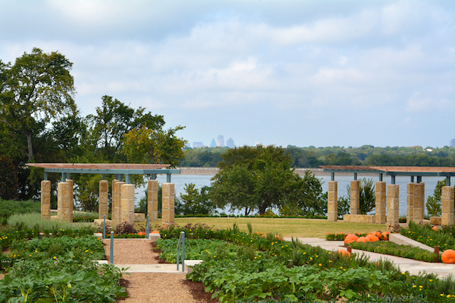 The dallas arboretum holiday displays and new culinary garden - Dallas home and garden show 2017 ...