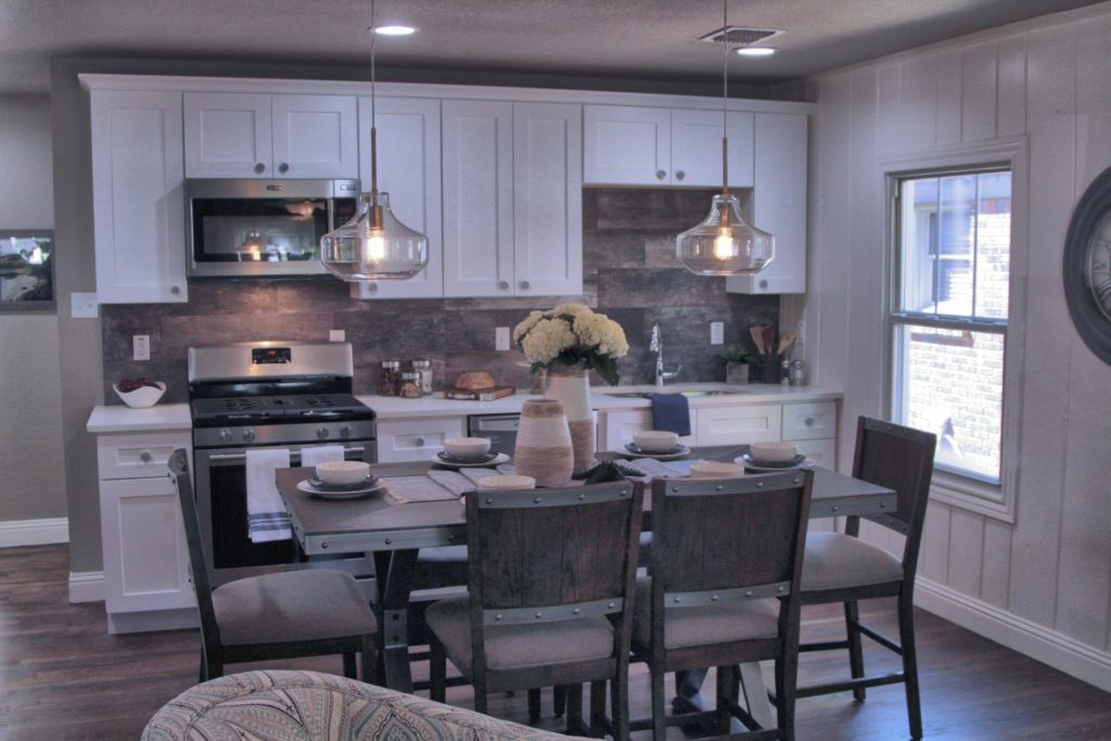Flip Or Flop Fort Worth Features Arlington Heights Cape Cod Style Cottage