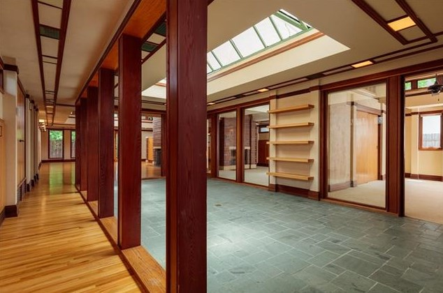 West side prairie style on collinwood takes cues from - Frank lloyd wright style ...