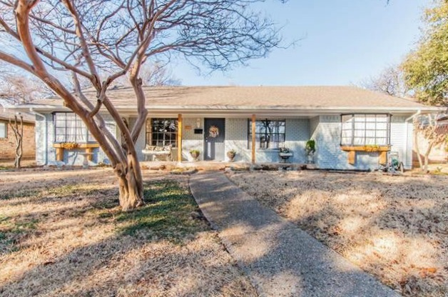 Updated, On-trend Farmers Branch Reno Near Brookhaven Country Club | CandysDirt.com