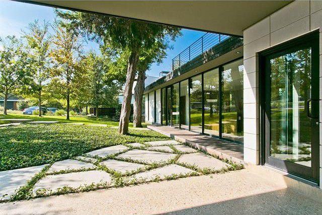 Kessler Woods Contemporary