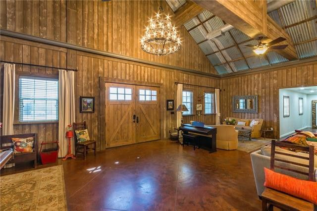 Custom 10-acre Barndominium Offers Fab Vacation Home Close