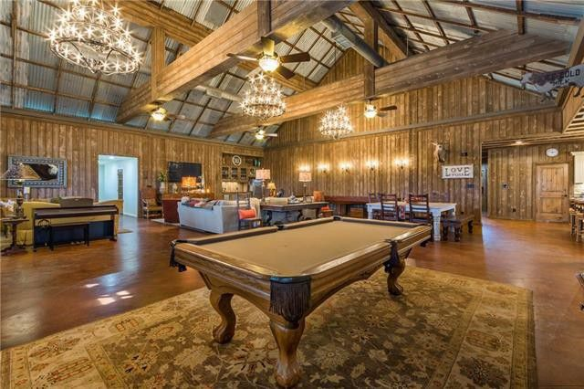 Custom 10-acre Barndominium Offers Fab Vacation Home Close ... Huge Barndominium