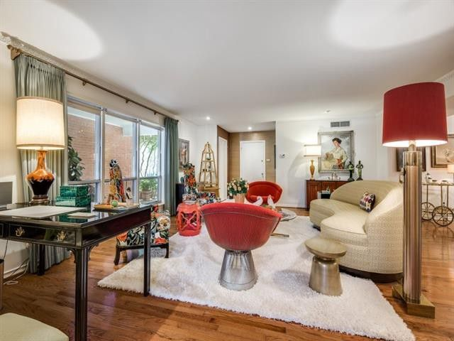 Mad Men Obsessed: This Glam Midcentury Condo Behind the Pink Wall Is a Dream | CandysDirt.com
