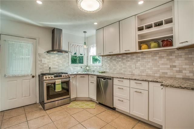 Live Tiny in this Cute Elmwood Cottage, Priced to Sell   CandysDirt.com