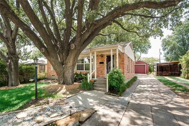 Appealing El Tivoli Place Property Sits Among Winding, Hilly Streets in Oak Cliff | CandysDirt.com
