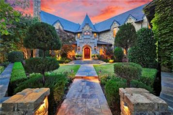 You Can Find Amazing Estates Priced Below Market Value in Glitzy Westlake