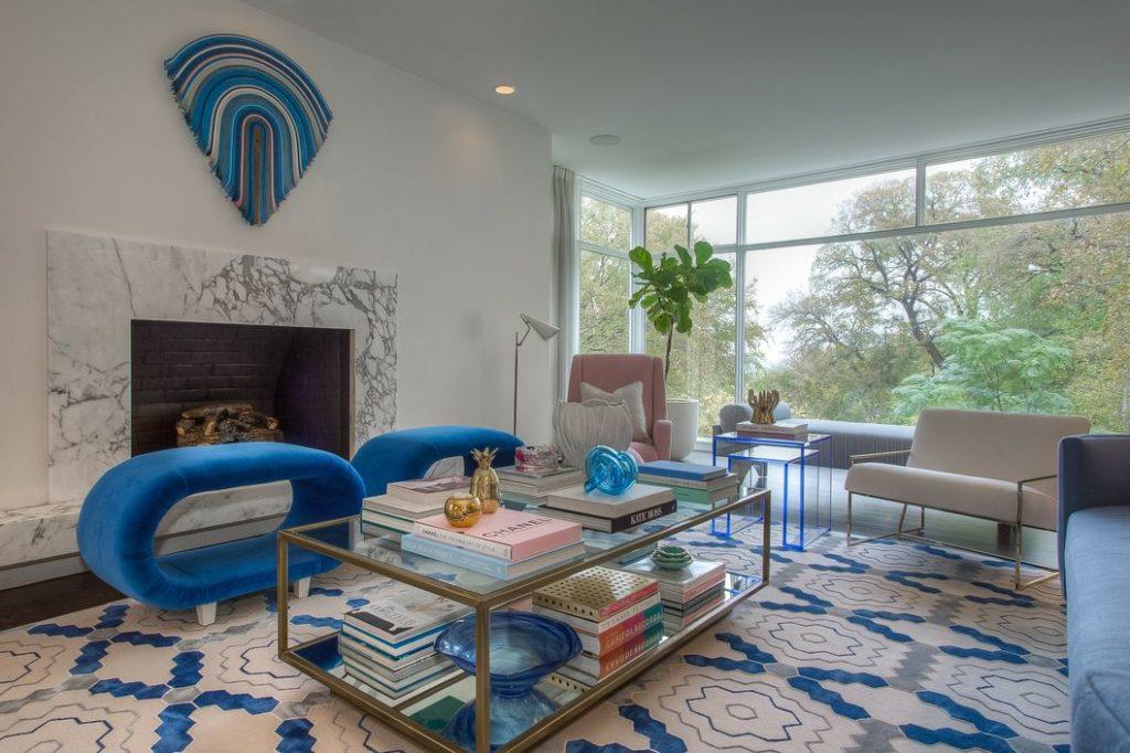 Sensational, Modern Spread Designed By Glenn Allen Galaway