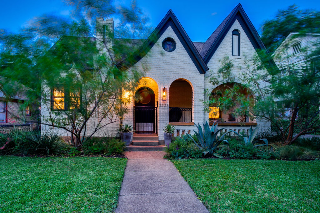CandysDirt com - Dallas Real Estate News and Blog from Publisher