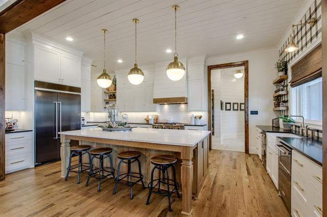 Heath modern farmhouse