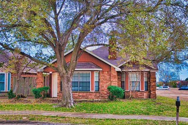 Now is a good time to invest, and the price is right for this one-level traditional home in Mesquite.