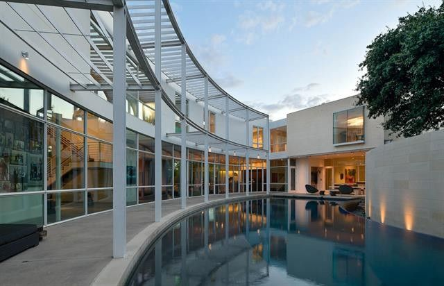 curved contemporary masterpiece