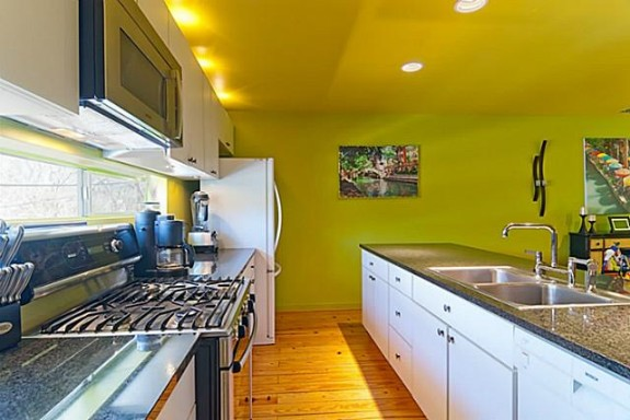 2204 N. Peak Kitchen