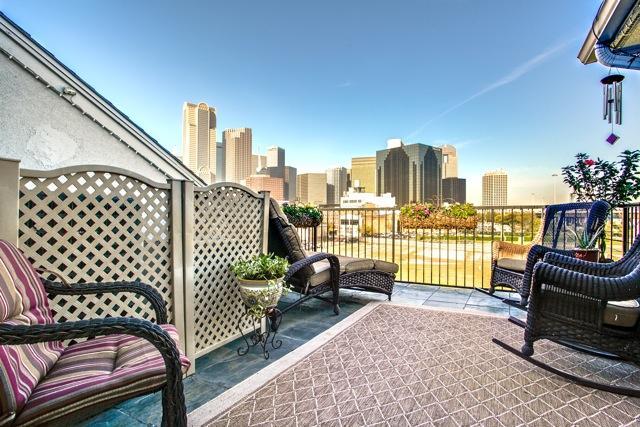 2205 Canton 129 rooftop deck