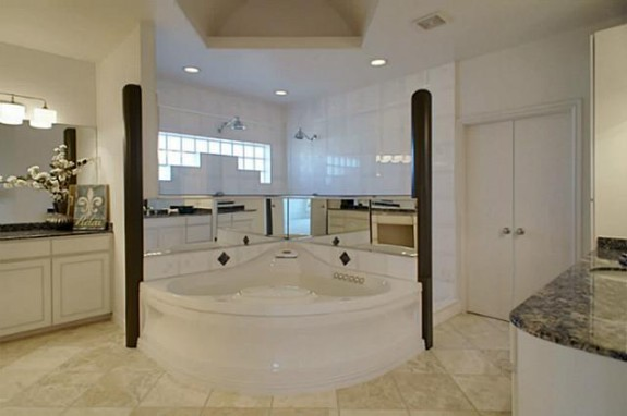 2224 Lakeridge Master Bath