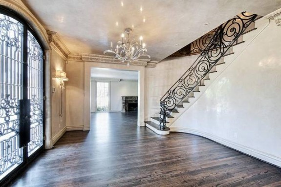 2307 River Oaks Blvd Houston foyer