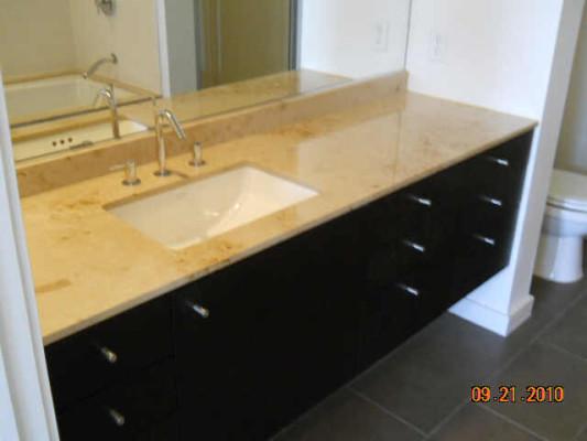 2323 N Houston master bath 616