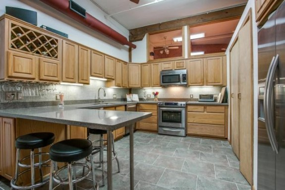 2401 Ervay Kitchen